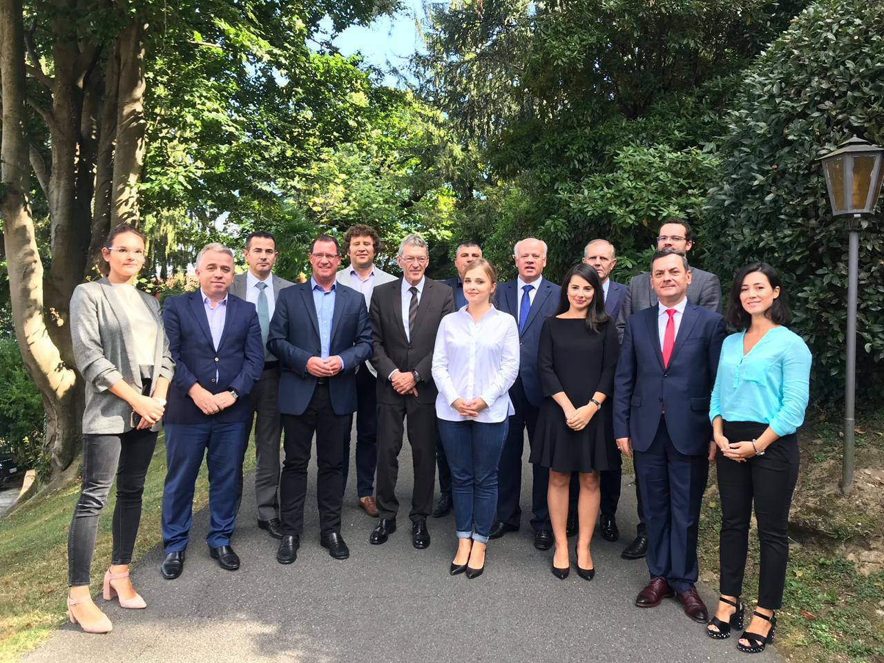 Kryetari i Gjykatës së Lartë Z. Xhezair Zaganjori mori pjesë në aktivitetin e organizuar nga Fondacioni Konrad Adenauer dhe Qendra Evropiane, zhvilluar në Como Itali, në datat 01-03 tetor 2018.