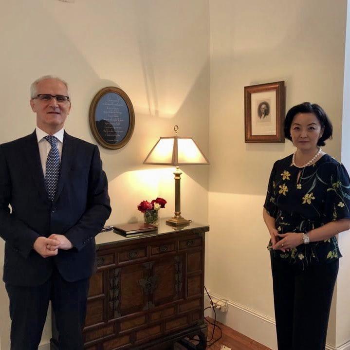 Zv.Kryetari i Gjykatës së Lartë, njëkohësisht Kryetar i Këshillit të Emërimeve në Drejtësi, është takuar të enjten me Ambasadoren e Shteteve të Bashkuara të Amerikës në Tiranë Znj. Yuri Kim.